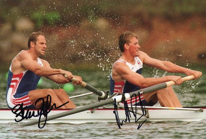 Steve Redgrave & Matthew Pinsent, Olympics rowing, signed 12x8 inch photo.